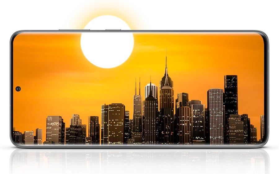 O Galaxy S20, o S20+ e o S20 Ultra foram feitos para oferecer uma câmera poderosa com espaço de armazenamento interno enorme para guardar seus vídeos e fotos em alta resolução. Você ainda pode expandir com um cartão MicroSD e ter até 1,5 TB de espaço de armazenamento.
