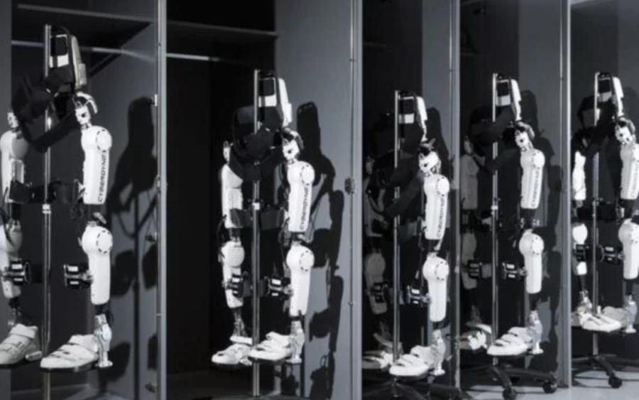 Exoesqueletos, um futuro próximo! (Foto: BBC)