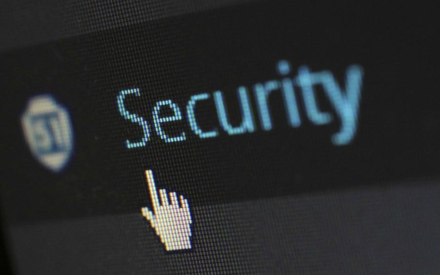 O que são e como previnir crimes cibernéticos