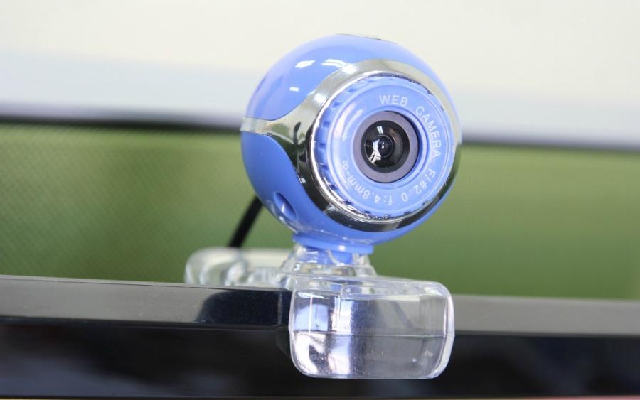 Apagando uma pessoa em tempo real da webcam