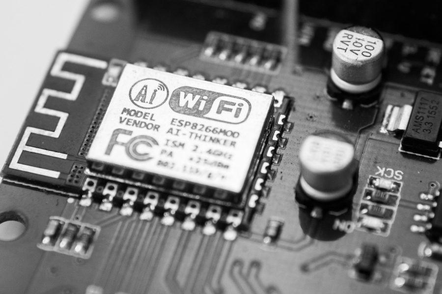 Se você colocou o Wi-Fi na sua casa, possivelmente já viu que existem dois padrões de roteadores.