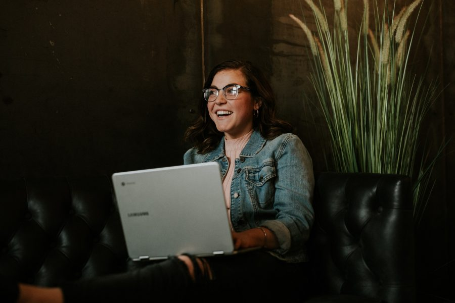 Se estiver usando um notebook, verifique se há possibilidades de ter um vírus instalado em seu computador