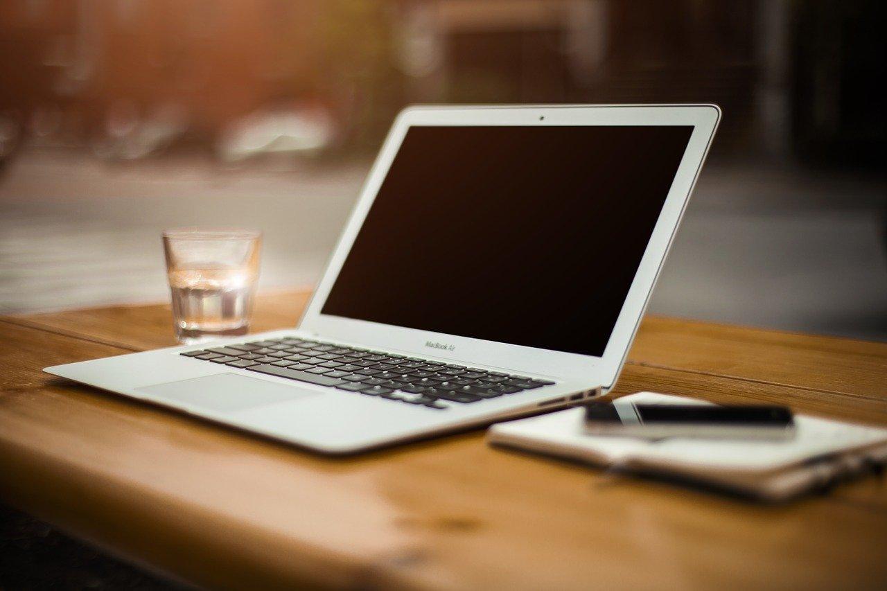 Para quem quer um notebook apenas para uso diário pode optar por especificações mais simples