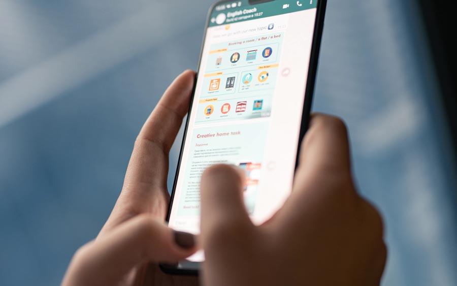 O Brasil lidera o ranking de países que mais consomem notícias via WhatsApp, de acordo com um levantamento do Instituto Reuters, que coletou dados de 38 nações, em 2019. Por aqui, 53% dos internautas utilizam o WhatsApp para se informar, o maior índice entre os 38 países pesquisados.